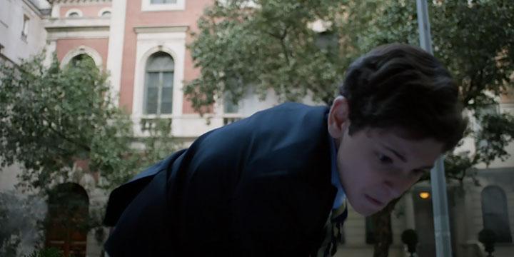Gotham.s01e08.HD1080p.WEB-DL.Rus.Eng.BaibaKo.tv.mkv_snapshot_30.52_[2014.11.16_08.25.35]